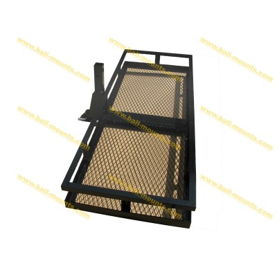 Tail hitch packer basket