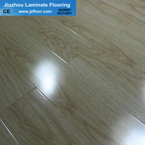 12mm ac3 good quality glossy    laminate flooring