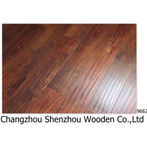 Oak wood Laminate Floor