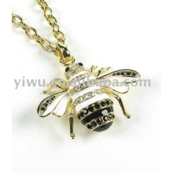 Bee shaped pendant