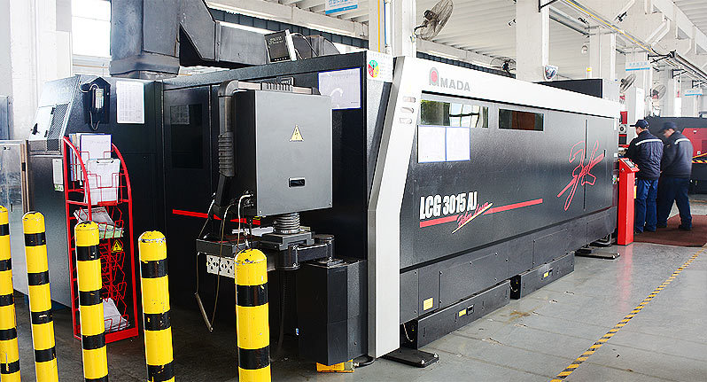 Japan AMADA LCG3015AJ High efficiency fiber laser cutting machine