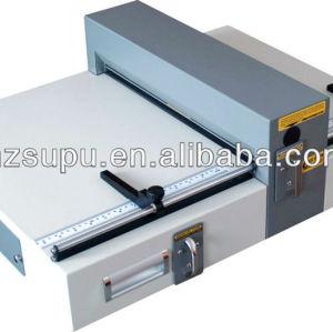 elétrica papel vincando e máquina de perfuração