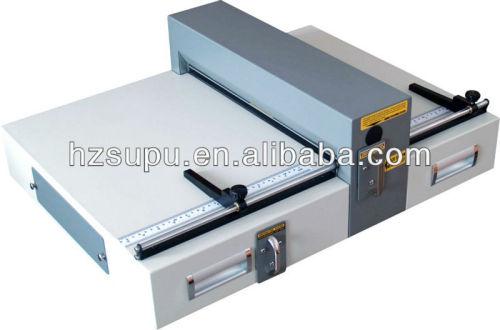 eléctrico de papel plegado y perforación de la máquina