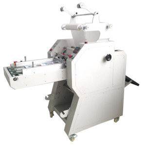 Manual paper feeding pneumatic roll laminator with auto overlap & cutting systems HL-400YA