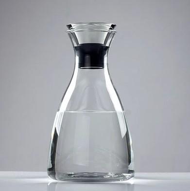 Feuerbeständiger dekorativer Wasserborsilikatglaskrug