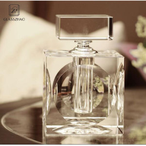 Glassware OEM custom  crystal glass perfume bottle