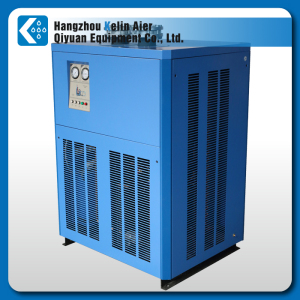 Air cooled refrigerated air dryer
