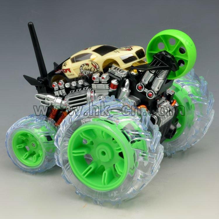 LEDライトが付いている7ch RCの発育阻害車のおもちゃ
