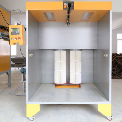 Compact powder coating spray booth
