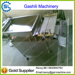 Stainless Steel Small Quail Egg Shelling Machine