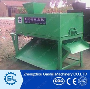 Walnut Green skin peeling machine,walnut peeling machine  from henry