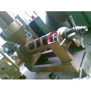 soybean oil press machine 0086-15890067264