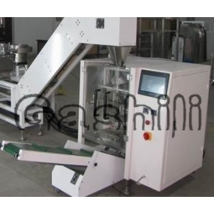 Soy sauce filling and sealing machine