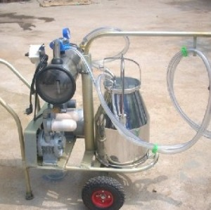 double barrel vacuum portable  milking machine   0086-15890067264