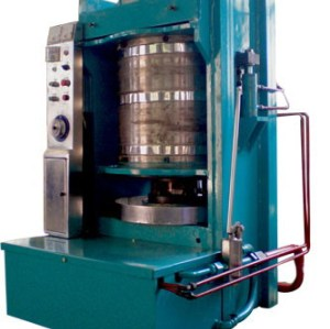 Large model hydraulic oil press machine  0086-13939083462