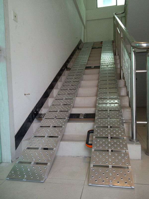 新款輔助梯