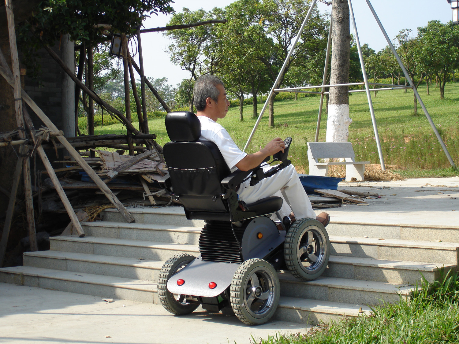 Out Door Driving Stair Climbing Unlimited Wheelchair
