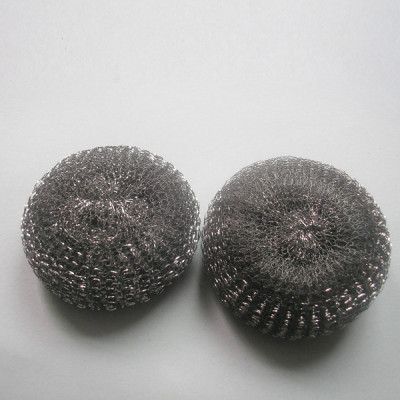 Stainless steel cleaning scourer ball