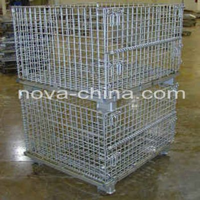 Wire cages with wheels