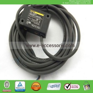 New Omron TL-T2E1 12-24VDC Proximity Switch