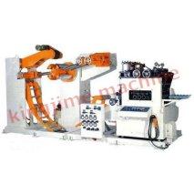 Комбинированная машина с полкой материалов, выпрямителем и питателем типа NCSF 7
