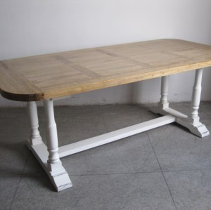 OVAL Style Dinning Table