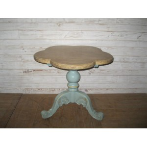 QUINCUNCIAL TEA TABLE