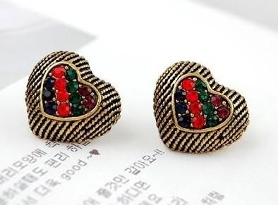 Vintage Style Colorful Rhinestone Heart Ear Stud E-1038