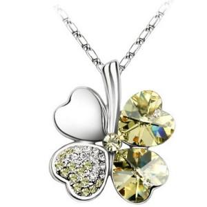 Fashion Rhinestone Crystal Heart Petal Flower Necklace N-0063