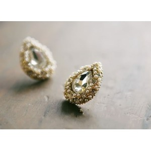 Pair Gold Plated White Beads Rhinestone Drop Ear Stud Earring E-0511