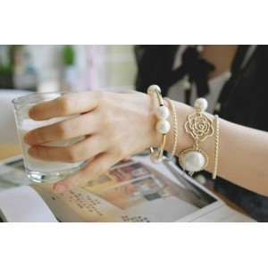 Korean Style Rose Flower Pearl Fashion Bracelet  B-0259
