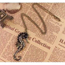 vintage style black glazed sea horse pendant necklace N-3332