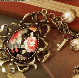 Vintage Style Bronze Peony Flower Drop Pendant Necklace