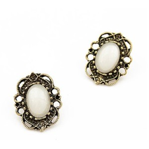 Vintage Style Bronze Hollow Out White Gem Ear Stud Earring E-0051