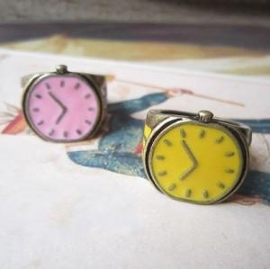 Wholesale 2 pcs Glazed Watch Bronze Ring R-1073