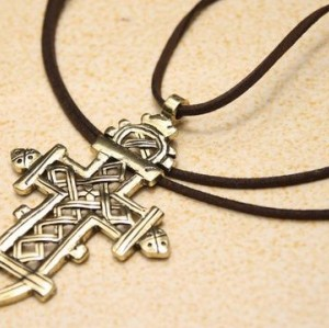 Vintage Style Bronze Amazing Cross Pendant Leather Necklace New Comming N-0501
