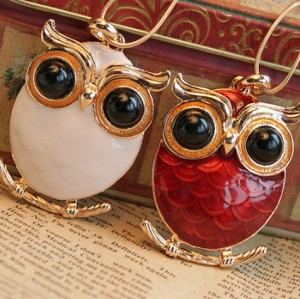 gold plated white/red enamel big eye owl necklace N-2521