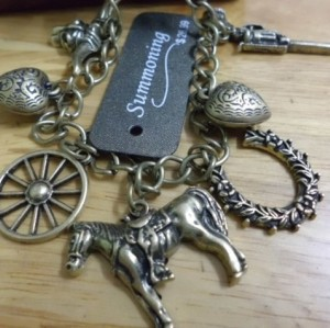 Retro Multielement Handgun Horse Tauren Wheel Gun Hunting Charms Bracelet B-0120