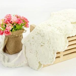 lovely woolen yarn flower collar N-2076