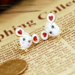 Cute Rhinestone Eye Small Lovely White Enamel Mouse Ear Stud Earrings Gold Tone E-0620