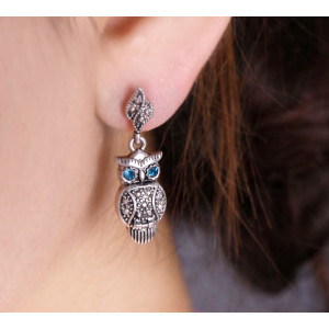 Pair Green Eye Bronze Alloy Owl Ear Stud E-0669