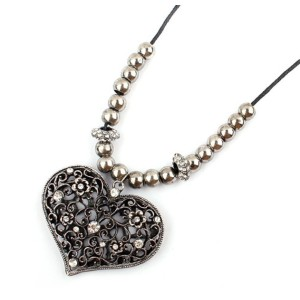 2Colros Vintage Style Rhinestone Flower Beads Heart Necklace N-4816