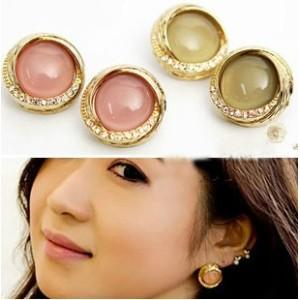 gold plated rhinestone cat's eye opal round ear stud E-0076