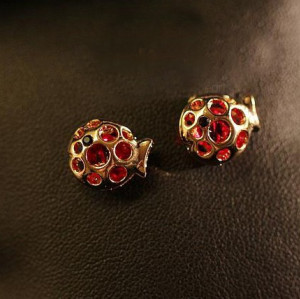 charming gold plated red zircon hollow out fish ear stud E-0634-PI