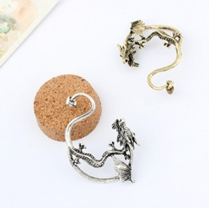 E-1204 New Gothic Punk Temptation Metal Dragon Bite Ear Cuff Wrap Earring