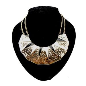 N-2093 gold plated  spots crescent Enamel Rivet Shape Necklace