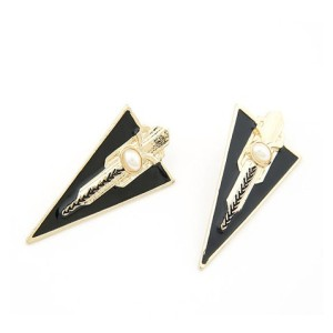 S-0005 European style gold plated pearl triangular shield necklace earring set