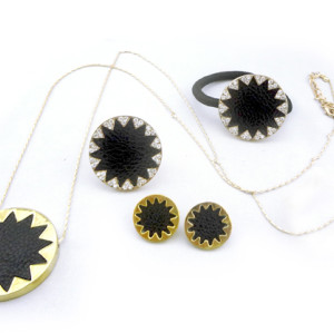Fashion Sunflower rhinestone black Leather hairband ring earring  Necklace set