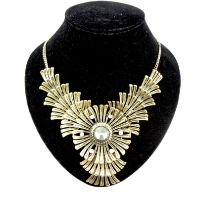 Bohemia Style  Rhinestone  crystal  fan-shaped petal big flower Necklace N-0045