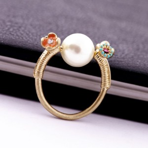 gold plated cute flower pearl ring R-0540